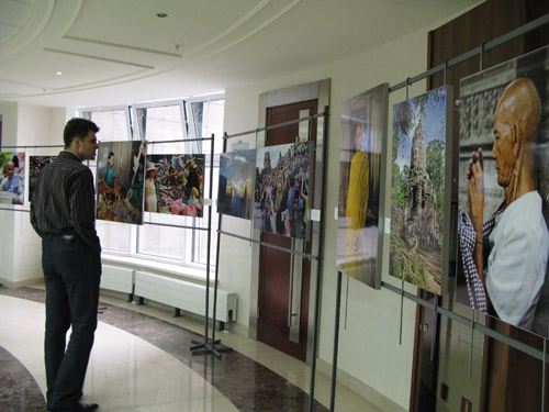 """Cambodia: An Exiting Journey"", A Photo Exhibition at MGIMO"